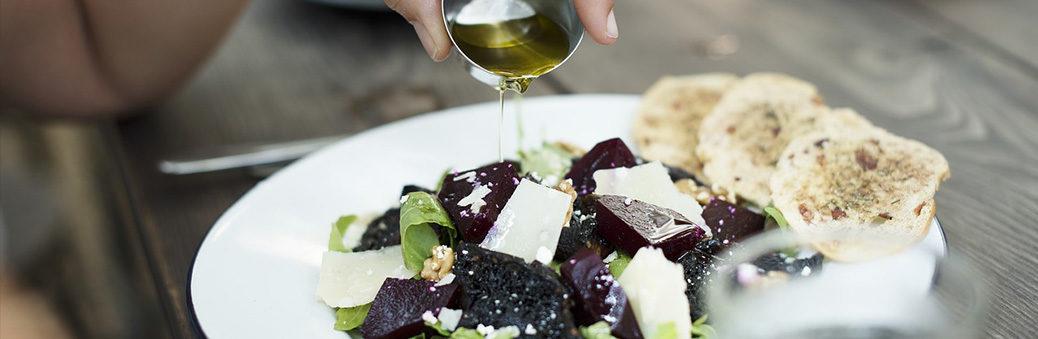 С чем едят оливковое масло