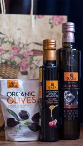 Что подарить к оливковому маслу
