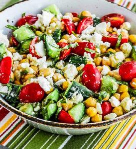 Рецепт салата с помидорами, огурцами и сыром фета