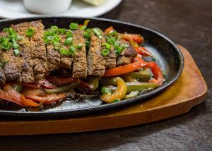 Мясо, жаренное на оливковом масле